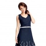 granatowa sukienka Quiosque we wzorki - kolekcja wiosenno/letnia