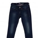 granatowe dżinsy Answear z przetarciami - kolekcja wiosenno/letnia