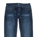granatowe dżinsy Carry - trendy zimowe