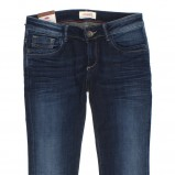 granatowe dżinsy Cross Jeanswear Co. - kolekcja jesienna