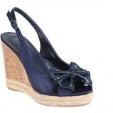 granatowe sandały CCC z kokardą na koturnie - wiosna/lato 2011