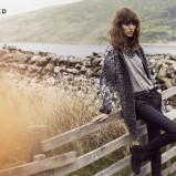 granatowe spodnie Reserved - moda jesień/zima 2013/14