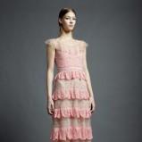 jasnoróżowa suknia Valentino z falbankami - wiosna/lato 2013