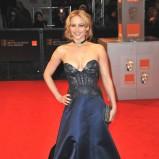 Jennifer Lawrence w granatowej sukni wieczorowej