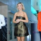 Joanna Krupa w złotej sukience - styl gwiazdy