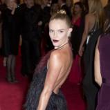 Kate Bosworth w czarnej sukience