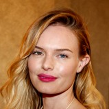Kate Bosworth w długich blond włosach