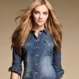 Klasyczna niebieska koszula H&M z przetarciami jeansowa modna jesień i zima 2012/13