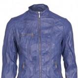 Klasyczna niebieska kurtka Mohito na zamek  moda na jesień i zimę 2012/13