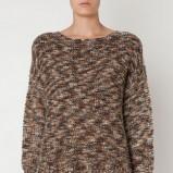 Klasyczny brązowy sweter Oysho we wzory kolekcja jesienno-zimowa 2012/2013