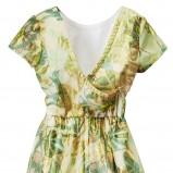 kolorowa sukienka H&M we wzorki z dekoltem - lato 2012
