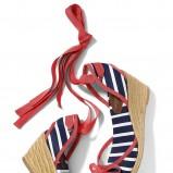 kolorowe sandały Mohito na koturnie - z letniej kolekcji 2012