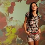kolorowe szorty Stradivarius w kwiaty - z kolekcji wiosna-lato 2012