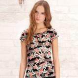 kolorowy t-shirt Stradivarius w kwiaty - wiosna/lato 2012