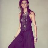 kombinezon Free People w kolorze granatowym - moda na lato 2013