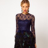 koronkowa sukienka Asos w kolorze granatowym - Best Night Ever Asos