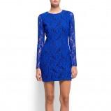 koronkowa sukienka Mango w kolorze  kobaltowym - kreacja na studniówkę