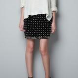 krótka spódnica ZARA w kolorze czarnym - moda dla kobiet