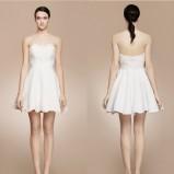 Krótka sukienka ślubna z gorsetową górą