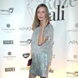 krótka sukienka wieczorowa w kolorze srebrnym - Magdalena Górska