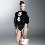 krótki kożuch Prada w kolorze czarnym - kolekcja na wiosnę i lato 2013