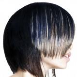 krótkie cienowane włosy