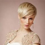 Krótkie włosy z asymetryczną grzywką - bhldn.com