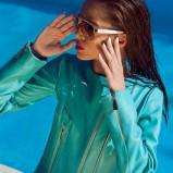 kurtka w kolorze turkusowym - Paulina Papierska  - kampania marki Chaos