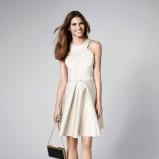 Lekko połyskująca sukienka mini