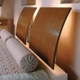 Łóżko do sypialni ze światłem Vox