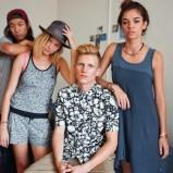luźna sukienka Adidas w kolorze granatowym - lato 2013