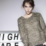 luźny sweterek Terranova - ubrania dla kobiet na zimę 2013