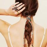 luźny warkocz w stylu boho  - modne fryzury