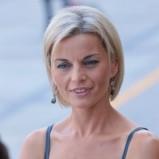 Małgorzata Foremniak - krótkie, blond włosy