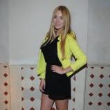 Marcelina Zawadzka w żółtym żakiecie