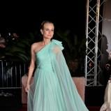 miętowa suknia na jedno ramię Diane Kruger