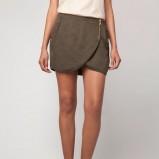 mini spódnica Bershka w kolorze khaki - spódniczki na jesień i zimę