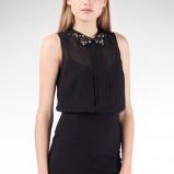modna bez rękawów sukienka Stradivarius w kolorze czarnym - sukienki na studniówkę