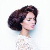 Modne fryzury dla brunetek na wiosnę 2014