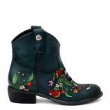 modne kowbojki Venezia w kwiaty  - obuwie damskie na jesień-zimę 2012/2013