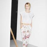 modne spodnie ZARA w kwiaty - moda 2013