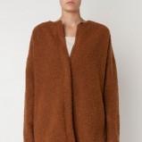 Modny brązowy sweter Oysho ocieplany HIT 2012/2013
