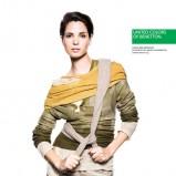 modny sweterek Benetton w kolorze khaki - moda 2013