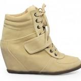 na koturnie obuwie sportowe Stylowe buty w kolorze żółtym