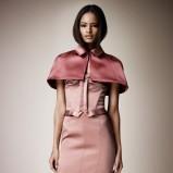 narzutka Burberry w kolorze łososiowym - moda 2013