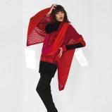 narzutka Solar w kolorze czerwonym - moda damska