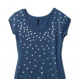niebieska bluzka Mohito z cekinami - moda jesień/zima 2010