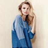 niebieski sweterek H&M - styl na jesień 2013