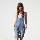 niebieskie ogrodniczki Lee dżinsowe - wiosna-lato 2011