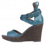 niebieskie sandałki Ryłko na koturnie - lato 2011